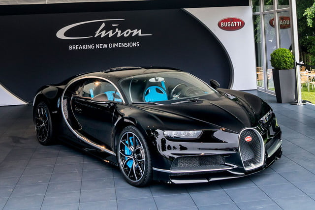 2018 bugatti chiron top speed. brilliant chiron bugatti chiron attempts world speed record 01 goodwood to 2018 top