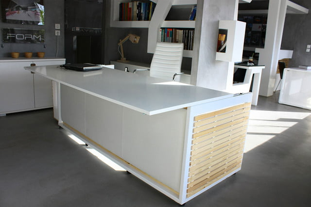 this bed desk would make it easy to nap at work 1  6 s m of life 005
