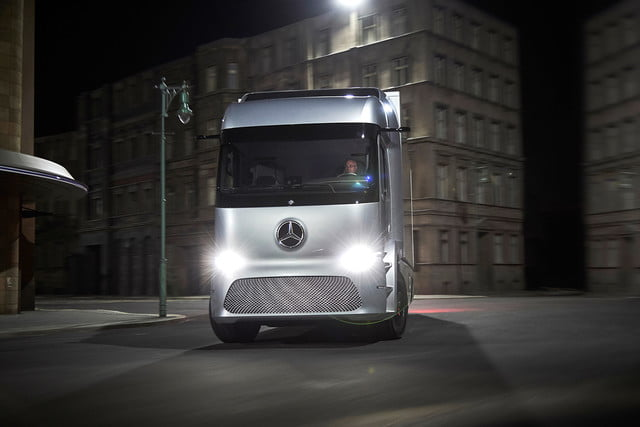 Mercedes Benz Urban eTruck