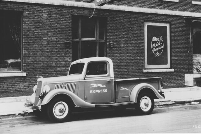 1935 Ford pickup truck
