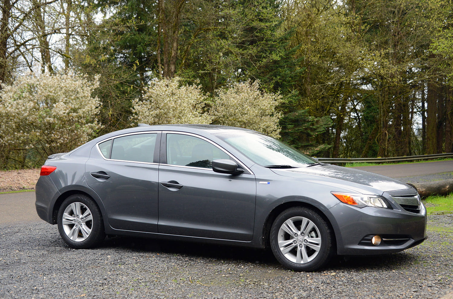 2013 Acura Ilx Hybrid Exterior Right