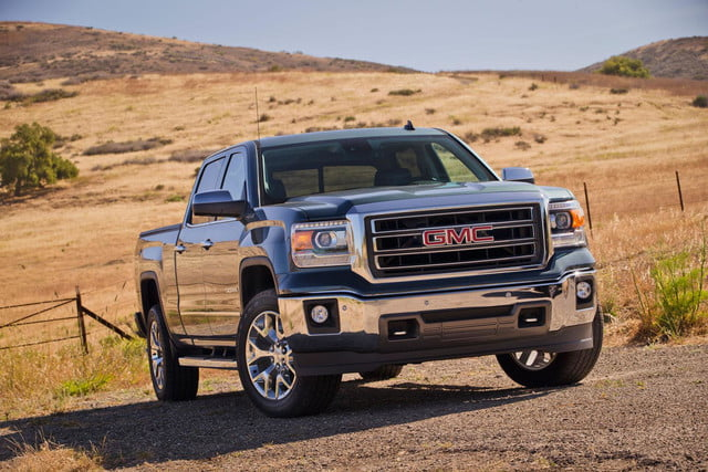 2014 GMC Sierra 1500 4WD front angled