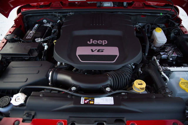 2014 Jeep Wrangler Unlimited Sport engine