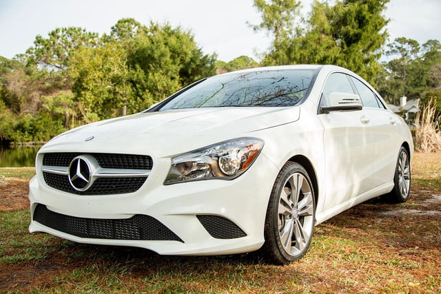 2014 Mercedes Benz CLA250 front angle