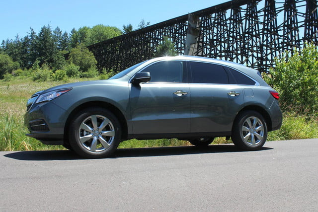 2015 Acura MDX SH AWD right side