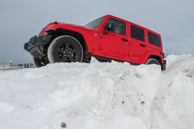 fiat chrysler four wheel and all drive specs 2015 fca winter 22