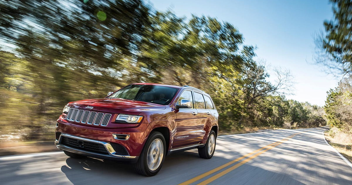 jeep grand cherokee owners file lawsuit over recall digital trends. Black Bedroom Furniture Sets. Home Design Ideas