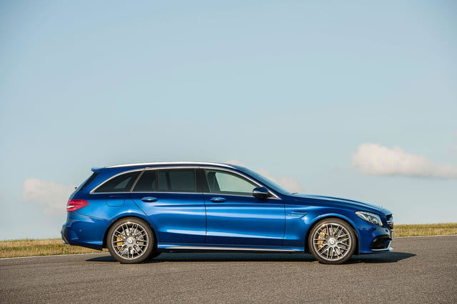 2015 mercedes amg c63 right side press image