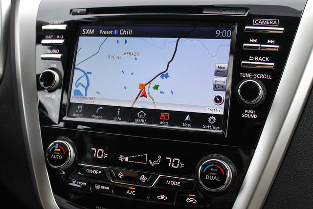 2015 Nissan Murano review navigation