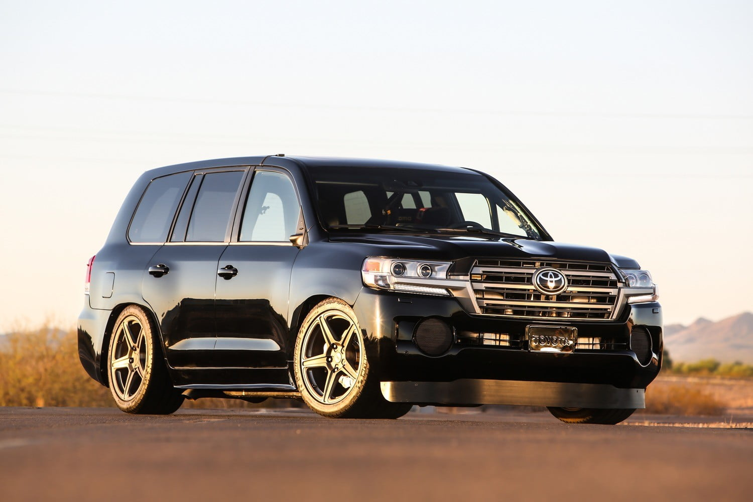 Toyota Land Speed Cruiser | Top Speed, World Record, News | Digital