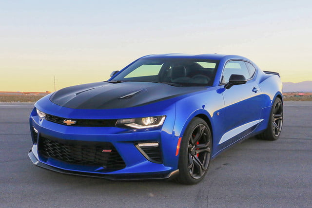 2017 Chevrolet Camaro 1le First Drive Impressions Digital Trends
