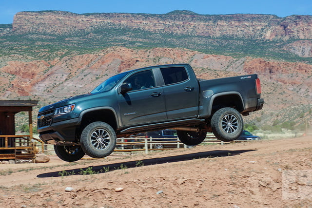 2017 chevrolet colorado zr2 first drive review 4wd 2