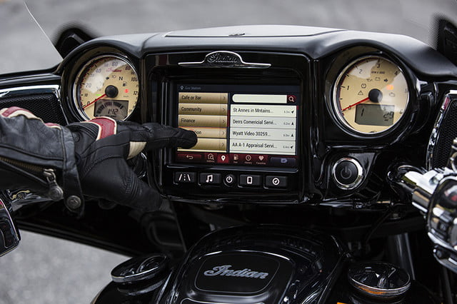 indian motorcycle ride command touchscreen 2017 imc infotainment roadmaster 09