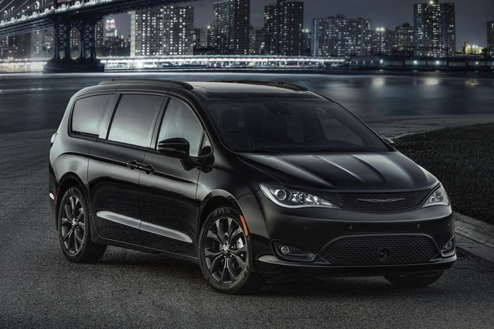 best family cars 2018 Chrysler Pacifica