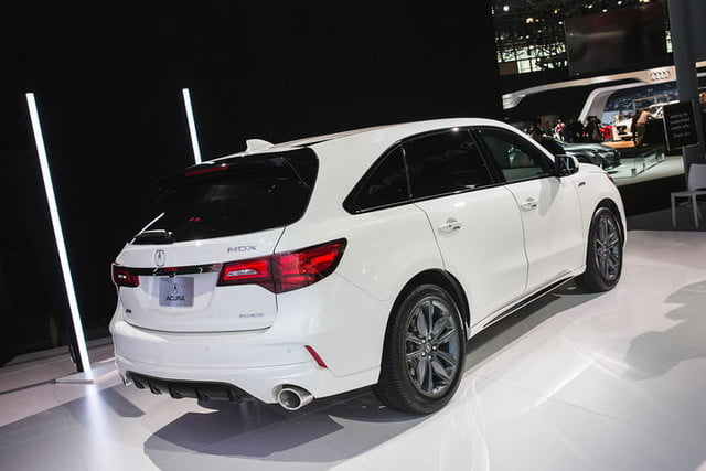 acura surprises with an mdx a spec at new york 2018  2019