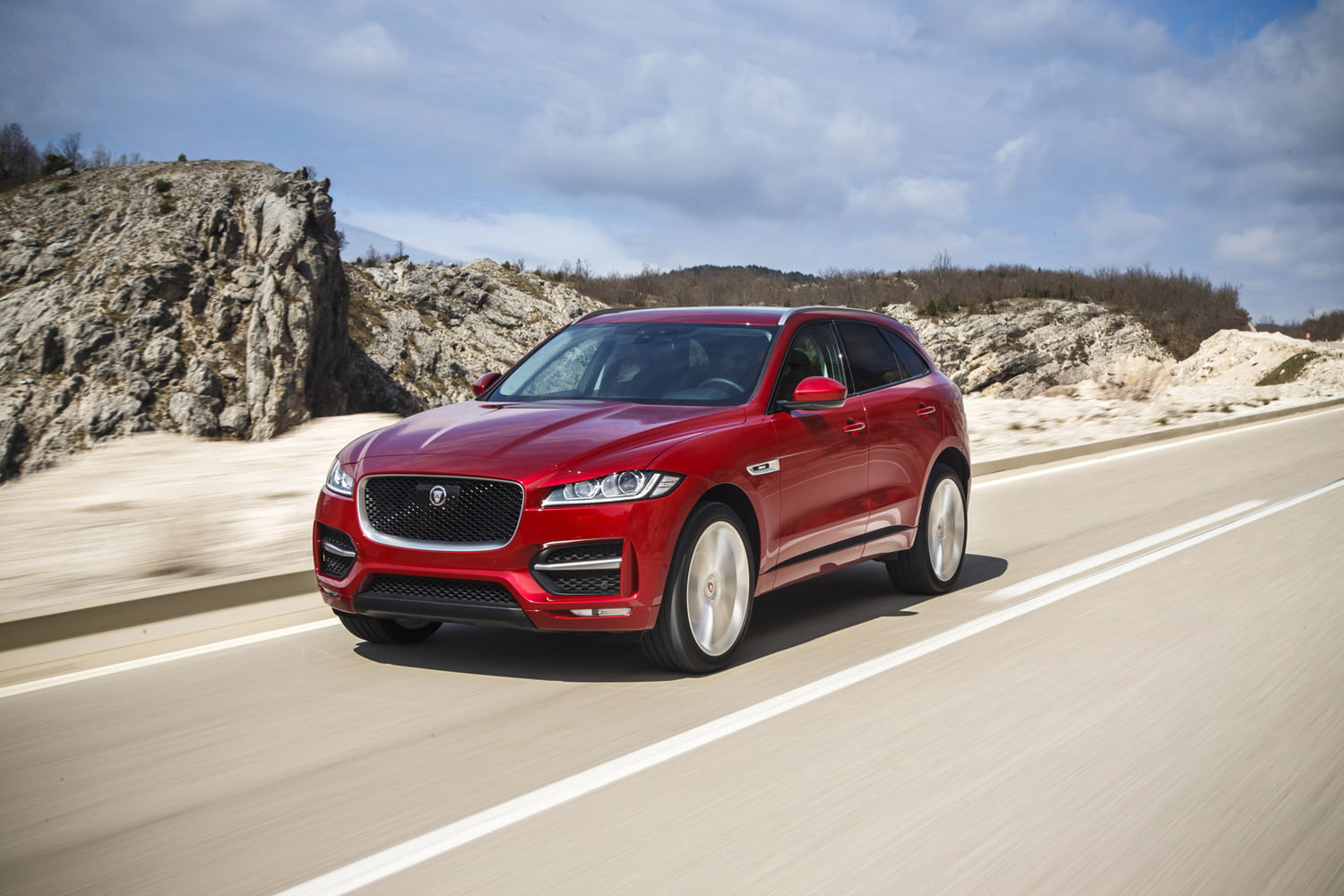 jaguar s best seller the f pace gets more tech for 19 but it kxxv central texas news now. Black Bedroom Furniture Sets. Home Design Ideas
