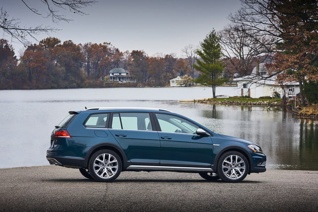 best wagons 2019 volkswagen golf alltrack  1