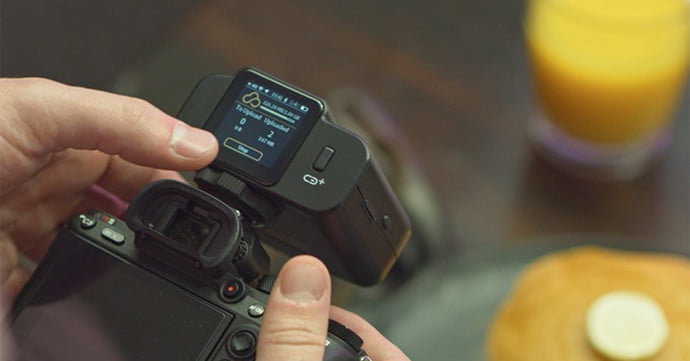 Joopic uses 4G and Wi-Fi to upload DSLR photos to the cloud as you shoot