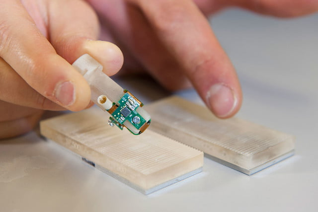 Amputee Feels Texture with a Bionic Fingertip