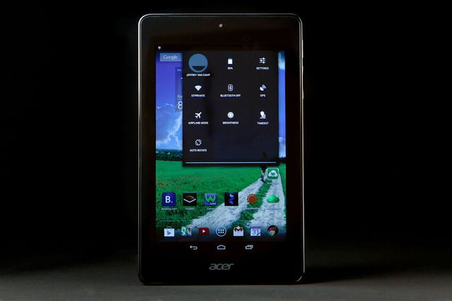 ACER Iconic ONE 7 screen