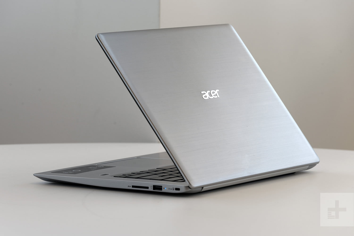Acer Swift 3 Review Digital Trends Laptop Dell Inspiron 13 5370 Core I5 Pink Lid
