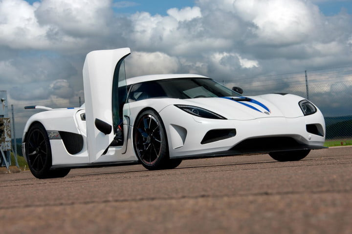 Koenigsegg Agera R Catches Fire In China | Video, Details | Digital ...