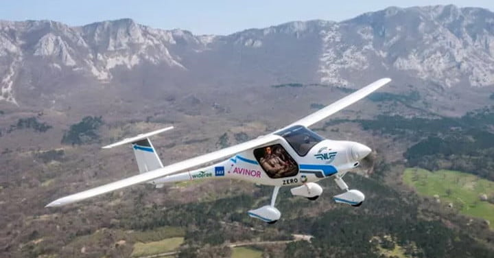 Norway tests its first all-electric plane, hopes for passenger flights by 2025