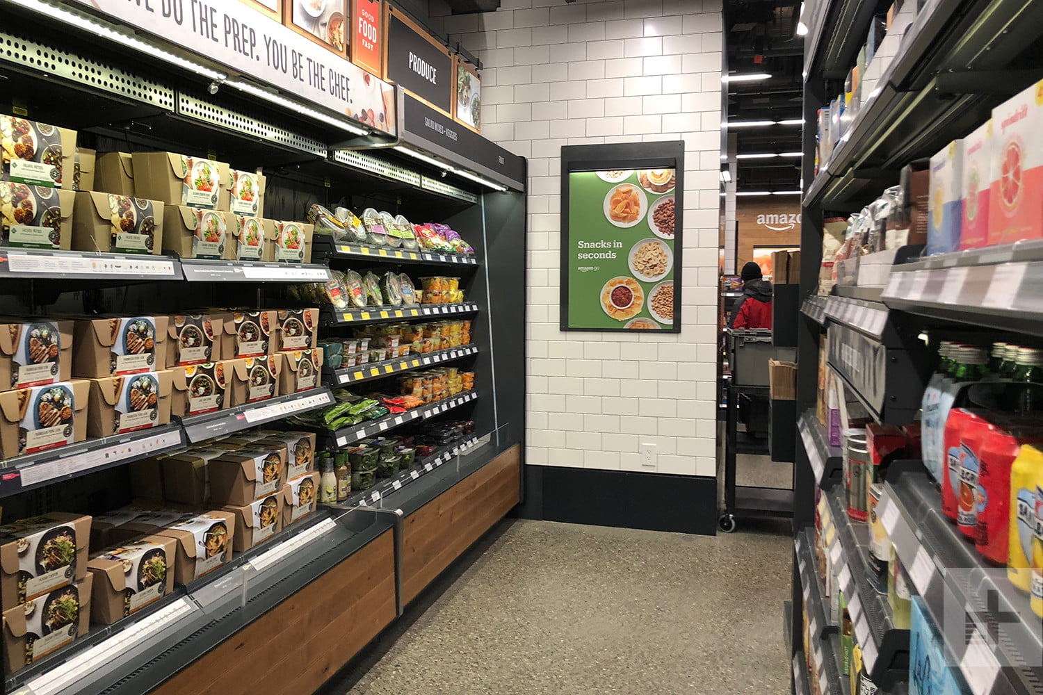 What's It Like to Shop at Amazon Go's Cashier-Free Store ...