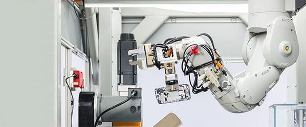 Say hi to Daisy, Apple's robot that recycles iPhones