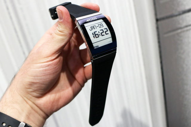 Archos Smartwatch front right