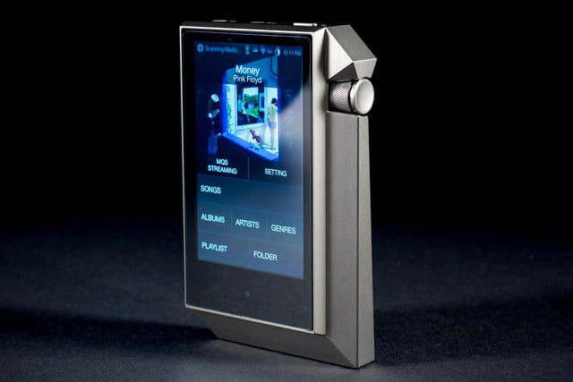 Astell & Kern AK240 front angle screen 2
