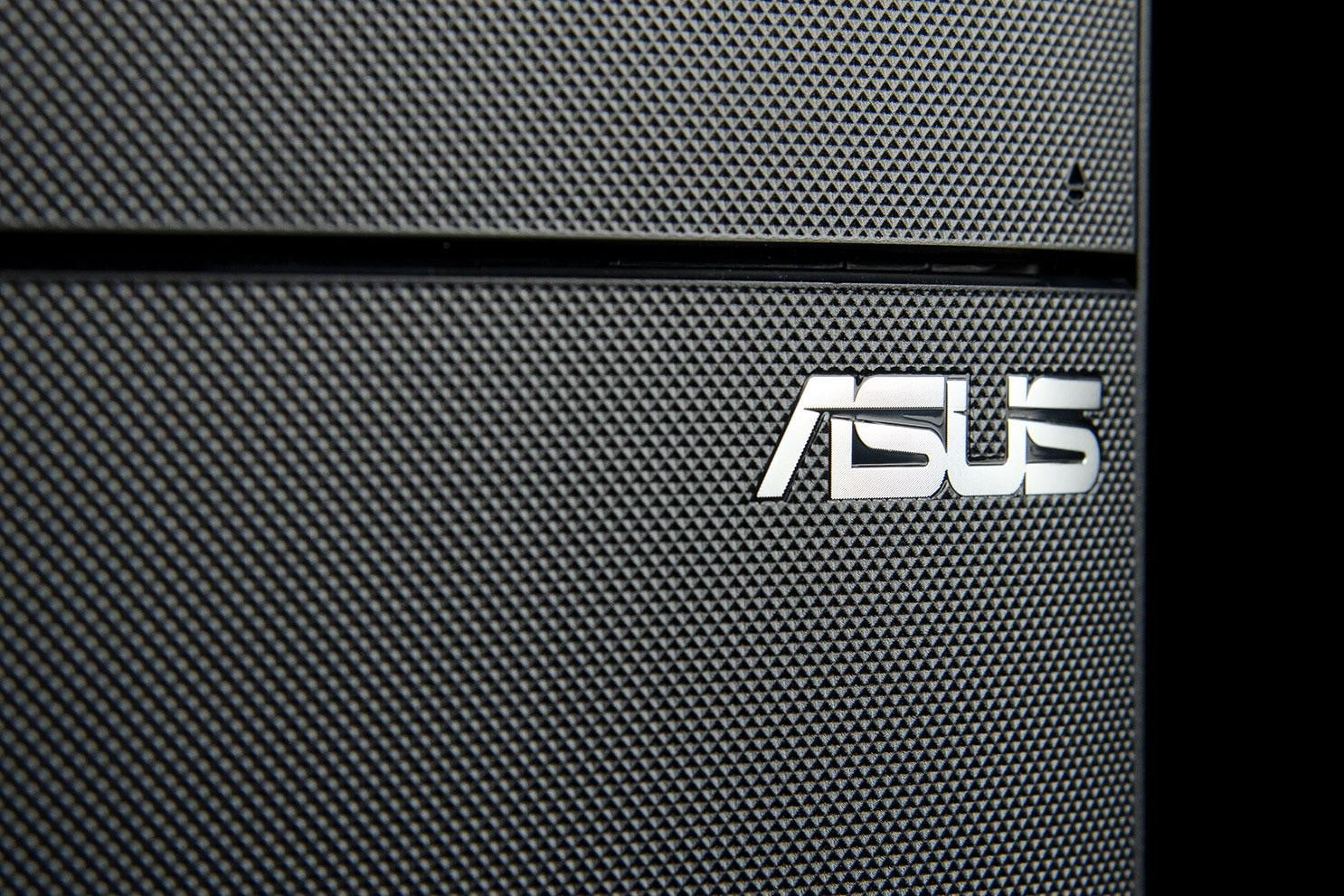 how to put a graphics card in asus sonicmaster 12m