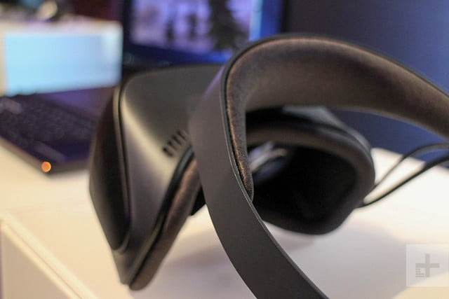 Windows Mixed Reality headset back