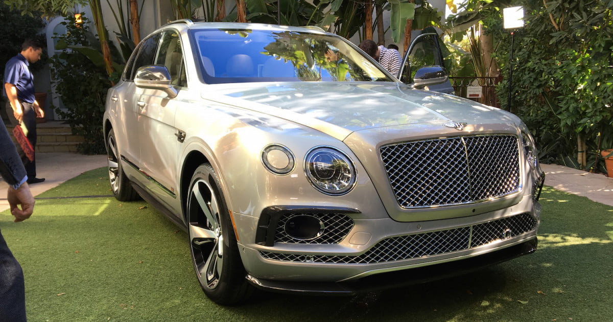 bentley bentayga first edition preview pictures specs digital trends. Black Bedroom Furniture Sets. Home Design Ideas