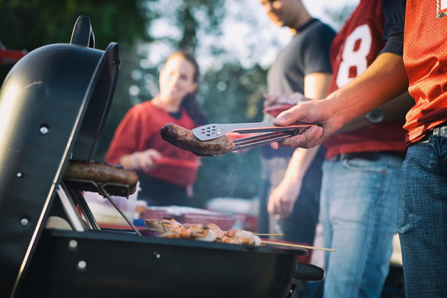 Best tailgating gear for 2014