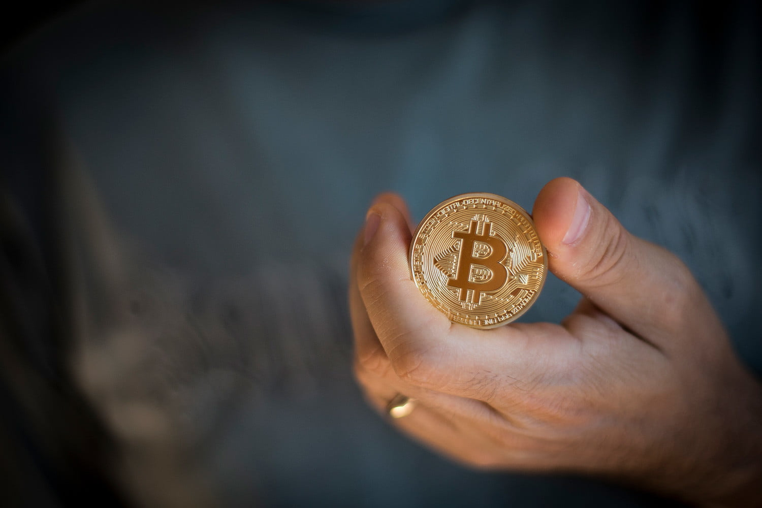 Bitcoin Is Approaching 20000 It A Bubble Or The Future Of Currency