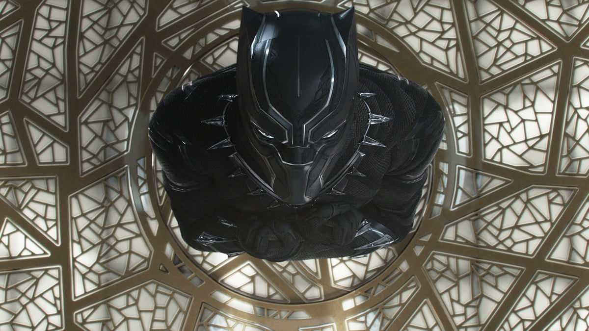 black panther review blackpanther5a68e75382504