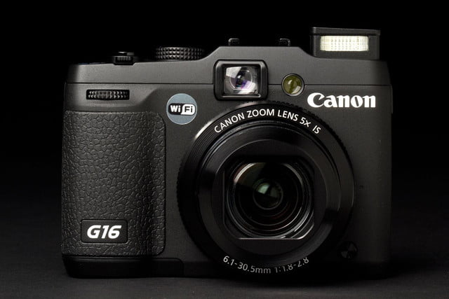 Canon G16 Camera front open