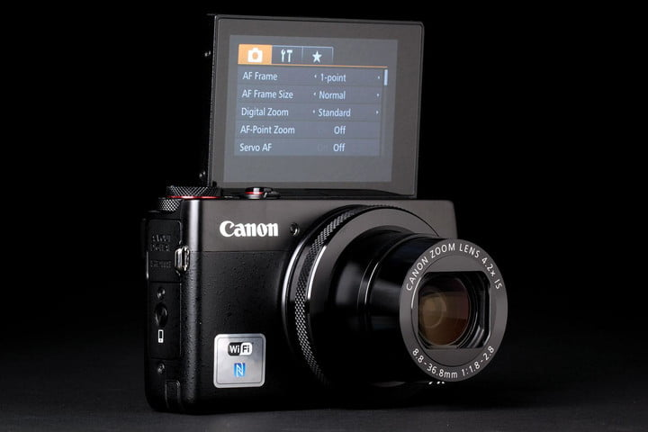 Canon G7x front screen