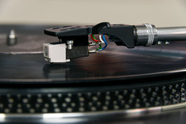 Crosley C200 turntable review