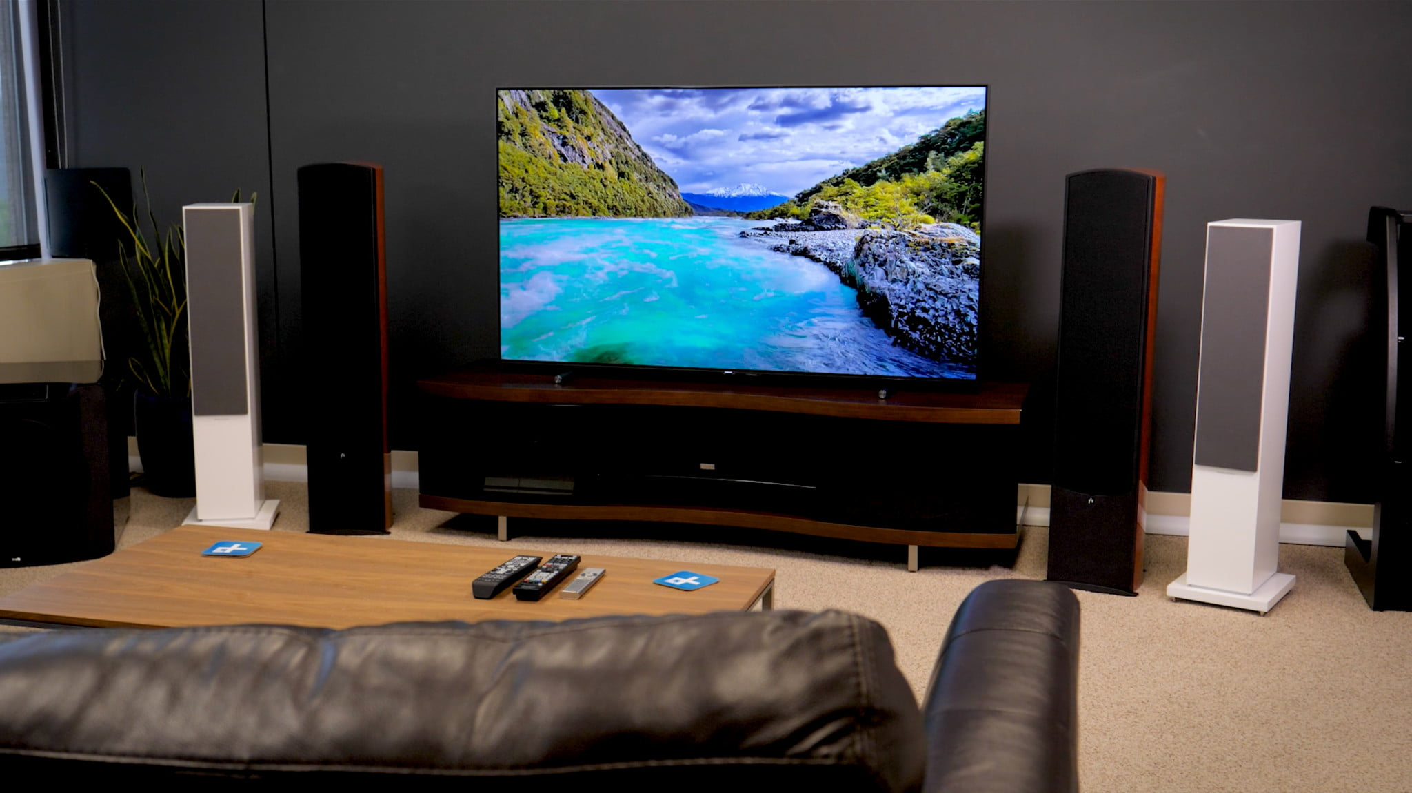 720p vs. 1080p vs. 4K UHD: What\u0027s the Best Resolution for Your TV