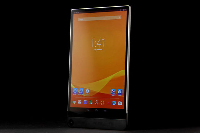 Dell Venue 8 7000 front angle on