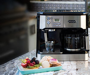 Can't decide between coffee and cappuccino? With this machine, you don't have to