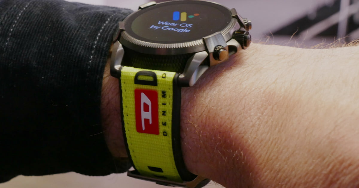 Fossil's preparing 5 new designer smartwatches, and we can't wait to see them thumbnail