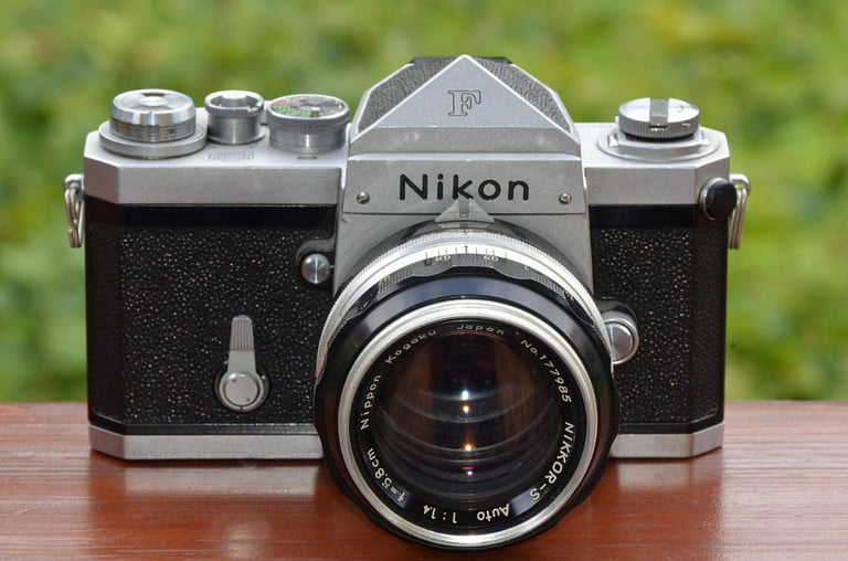 7 cameras that revolutionized photography and changed how we take pictures 1280px nikon f slr camera with nikkor s auto 1 4 5