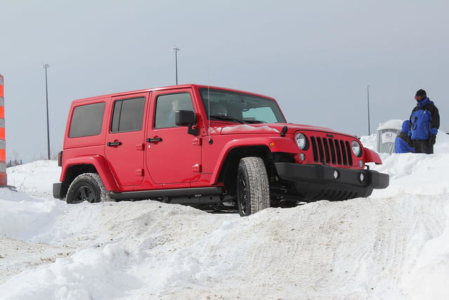 fiat chrysler four wheel and all drive specs 2015 fca winter 35