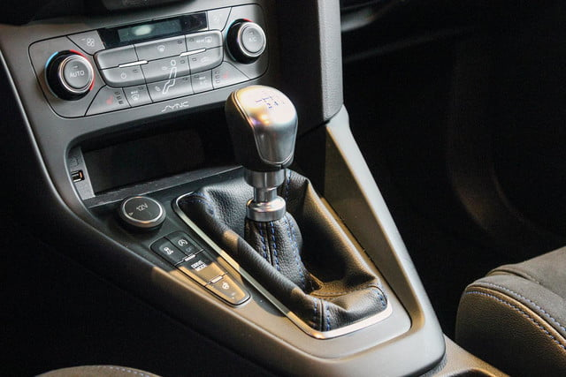 2016 Ford Focus RS handle