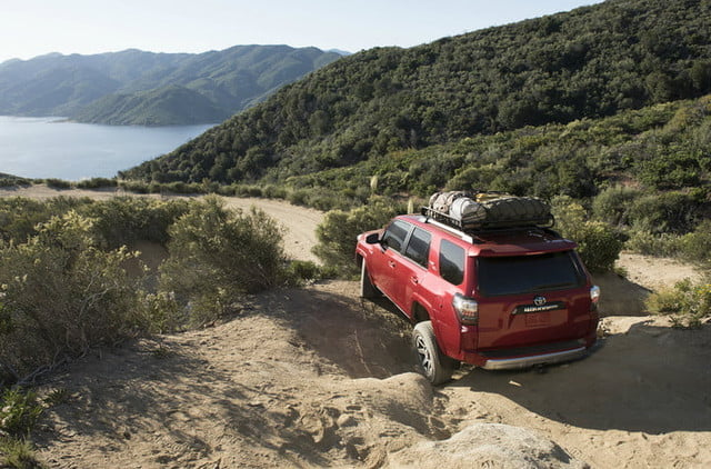 2018 toyota 4runner specs release date price performance trd off road premium 01