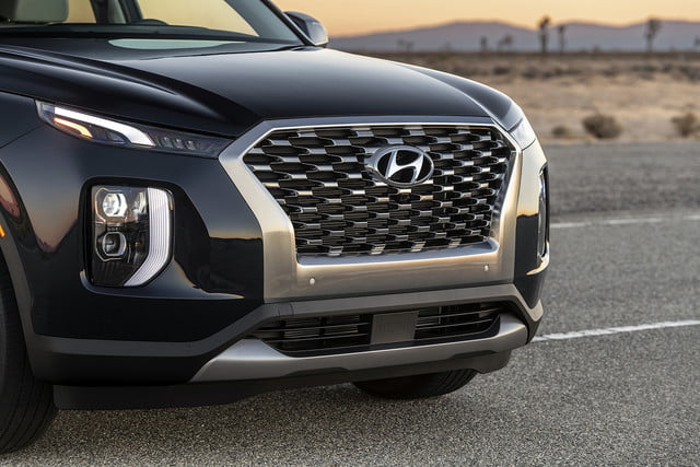 2020 hyundai palisade seats eight comes with useful tech 9