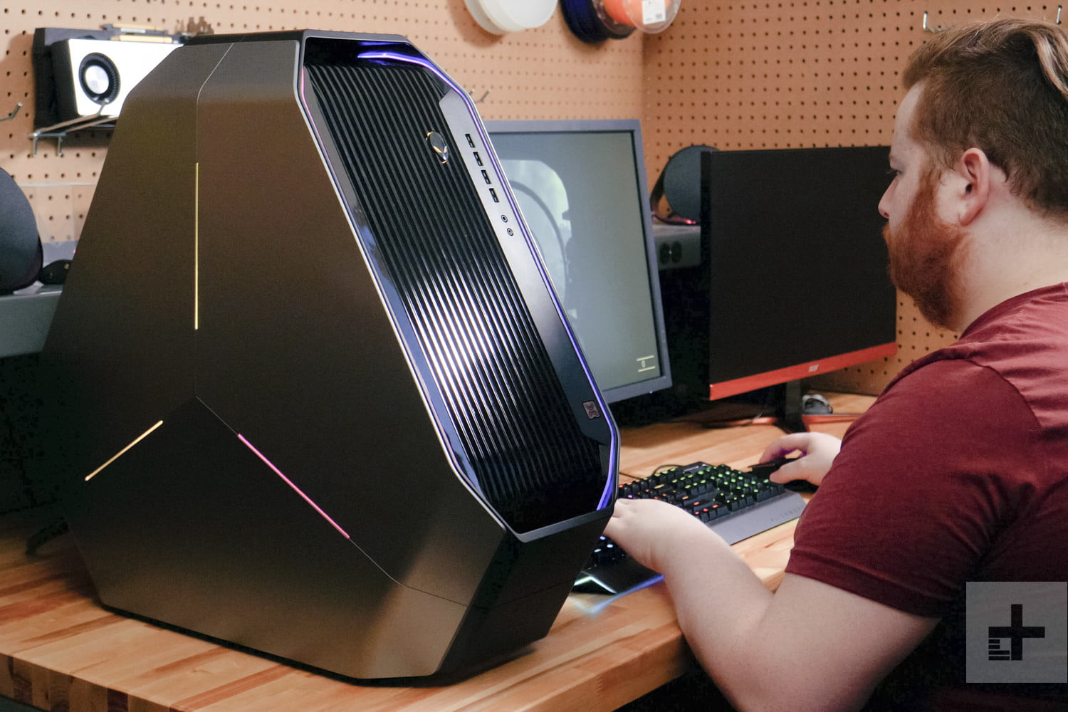 Alienware Area-51 R5 Review | Redefining High-End Gaming
